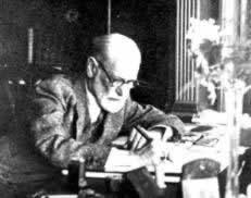 sigmund freud hamlet essay Free essay: hamlet's sanity answered through freudian theories sigmund freud was the founder of modern psychology and throughout his life he produced.